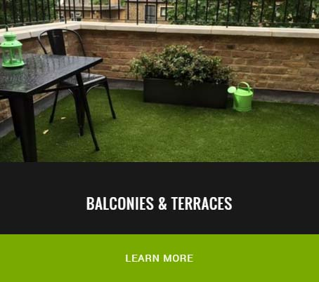 artificial grass installation on a balcony